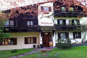 gastronomy oberammergau. Black Bedroom Furniture Sets. Home Design Ideas
