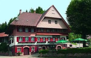 Gasthaus Zur Linde mit Gästehaus & Bauernhof