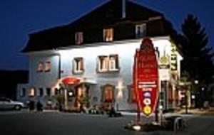 Hotel Axion***