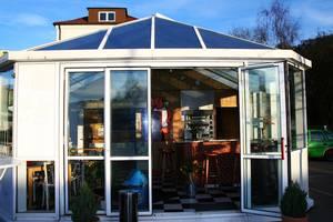 Thea´s Imbiss im Glashaus