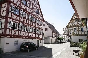 Gasthaus und Gästehaus zum Adler