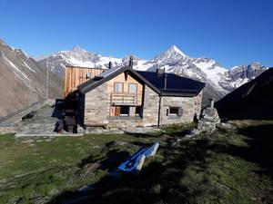 Täschhütte SAC