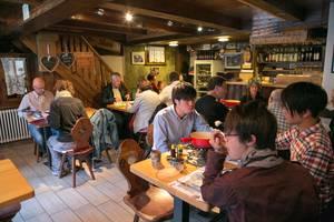 """Du Pont """"älteste Wirtschaft in Zermatt"""""""