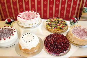 Bunte Kuchenkreationen laden zum Genießen ein!