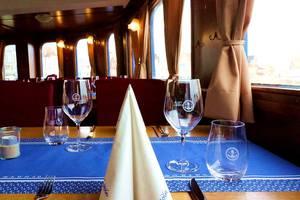Gedeckter Tisch an Bord, © MS Nordertor