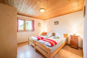 Das Berghaus bietet einfache, gemütliche Zimmer