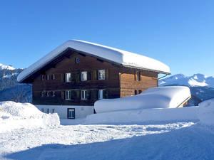 Hoch über dem Alltag: Berggasthaus Mottis am Stelserberg