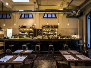 Dom – Grill Kitchen Bar