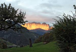 Alpenglühen auf Fajauna