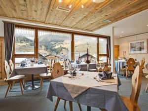 Familienhotel Alpina