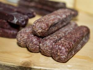 Dubler's Trockenfleisch und Würste