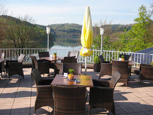 Terrasse Welcome Hotel Meschede