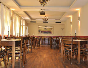 Dining area Augustiner im Bankepeter_Copyright JMK-Werbung
