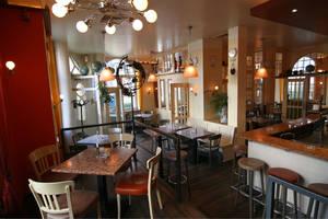 Mondo dining room