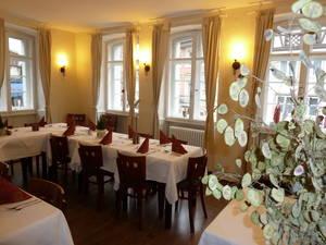Schwabentörle dining room_Copyright Bozo Zovko