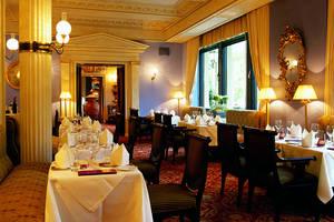 restaurant wintergarten im brenners park hotel spa. Black Bedroom Furniture Sets. Home Design Ideas