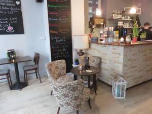 Le petit Cafe