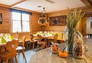 Restaurant Schöntal / Horseshoe Event Bar / Horseshoe Braui