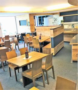 Cafe Restaurant Bergzeit