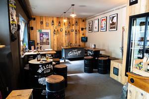 Decker Bier Garage
