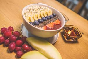 (c) Fruiture