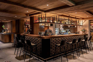 Hotel Mama Zermatt (Bar)