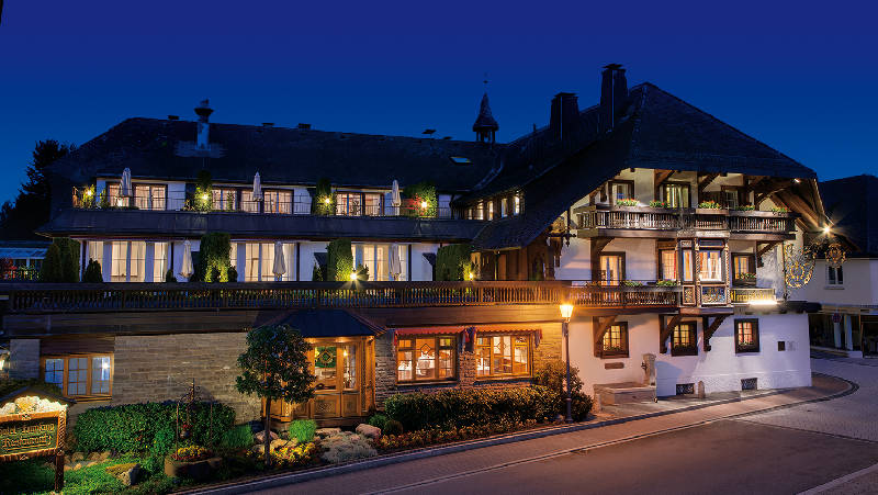 gourmet und wellnesshotel adler h usern urlaubsland baden w rttemberg. Black Bedroom Furniture Sets. Home Design Ideas