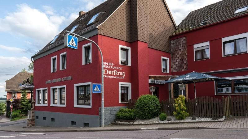 Außenansicht / Hotel-Restaurant Dorfkrug