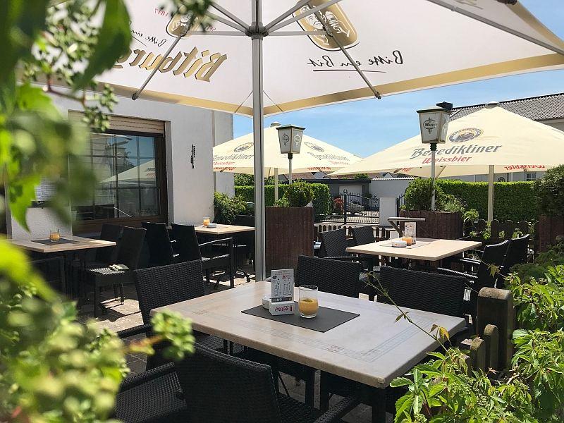 Biergarten / Restaurant Dorfbrunnen