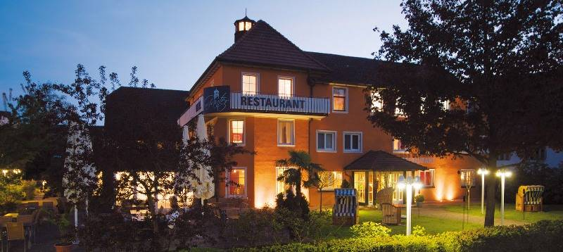 Ganter Hotel & Restaurant Mohren bei Nacht - © Ganter Hotel & Restaurant Mohren