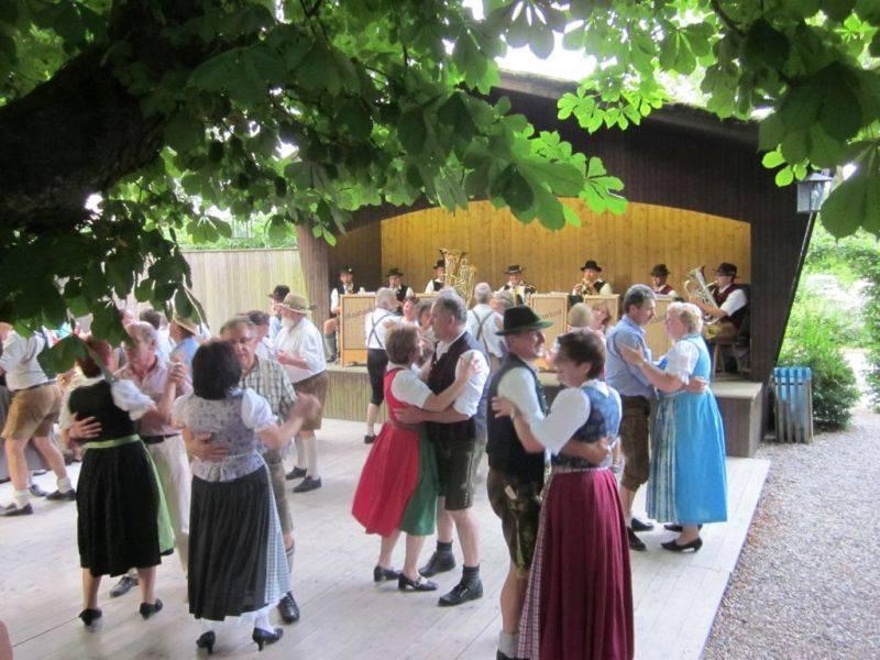 Schlossgarten Ratzenhofen, Boarischer Tanz Maschant