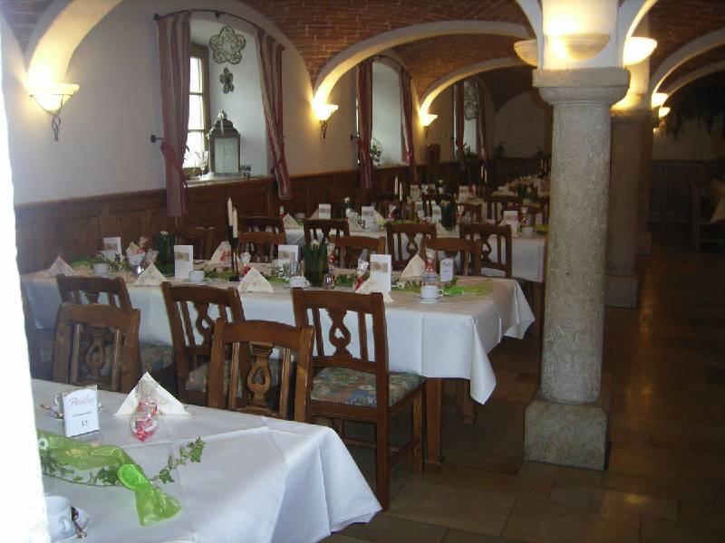Gewölbesaal im Gasthaus Paulus in Neustadt an der Donau im Hopfenland Hallertau