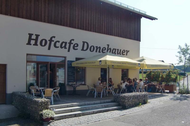 Das Hofcafe Donebauer mit Terrasse, © Anja Linner