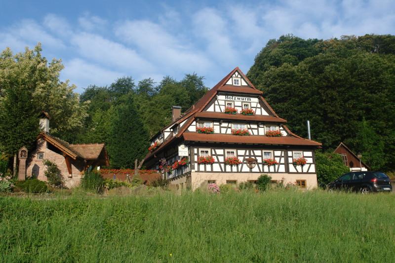 SB-Kiosk im Naturhotel Holzwurm