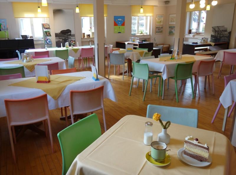 Café Ikarus