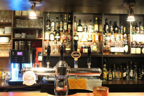 Große Whisky-Auswahl, © Einstein Husum