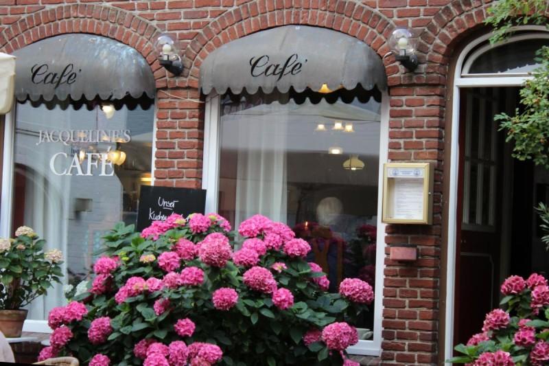 Jacqueline's Café