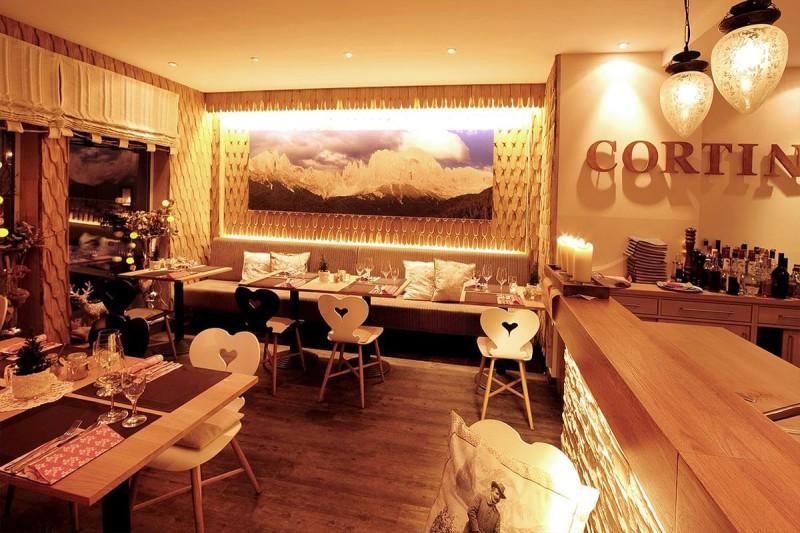 Innenansicht Restaurant Cortina