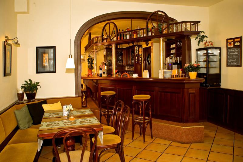 Carstens Cafe Bistro