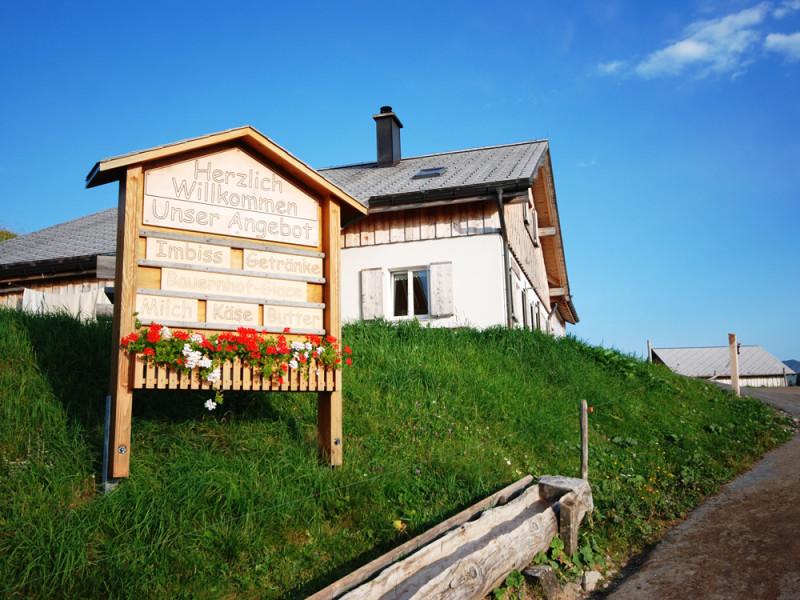 Alp Rona Beizli