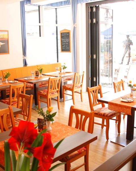 restaurant traube urlaubsland baden w rttemberg. Black Bedroom Furniture Sets. Home Design Ideas
