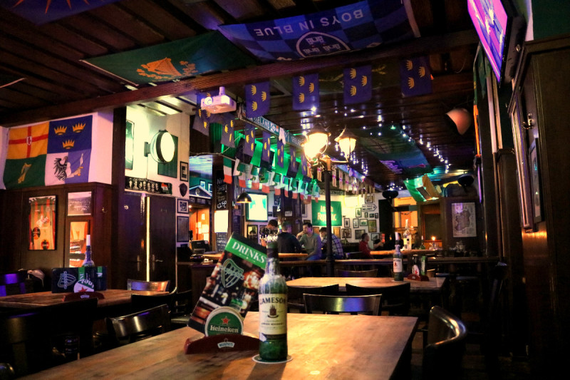 Carrolls Irish Pub
