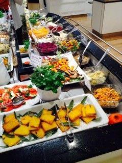 adelhaus vegetarisches bio buffet freiburg tourismus. Black Bedroom Furniture Sets. Home Design Ideas