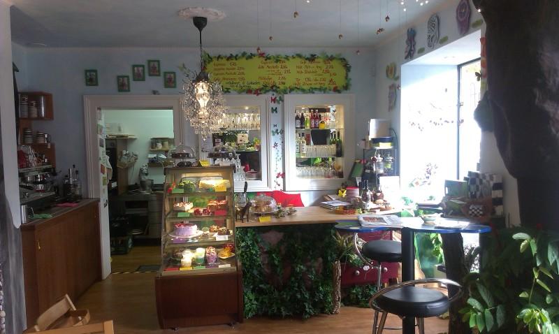 Cafe Fabelhaft bar