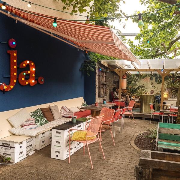 Cafe POW exterior view_Copyright Grünhof GmbH