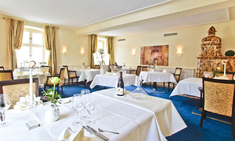 Regional Restaurant Schloss Reinach