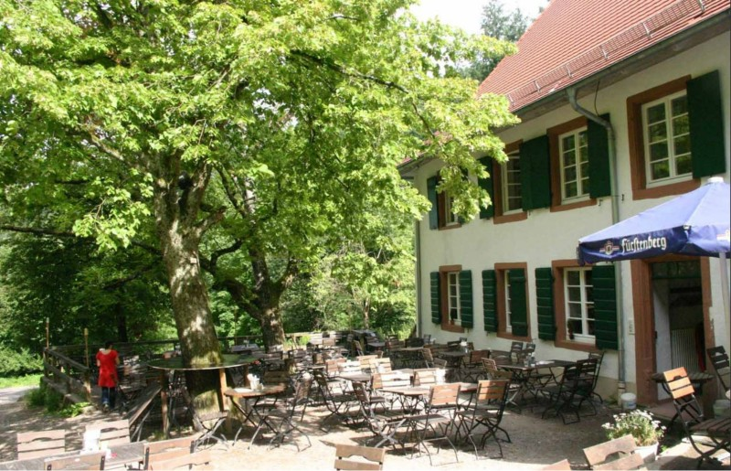 Waldrestaurant St.Valentin garden
