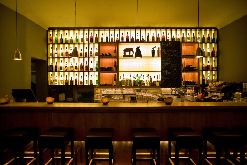 Webers Weinstube bar