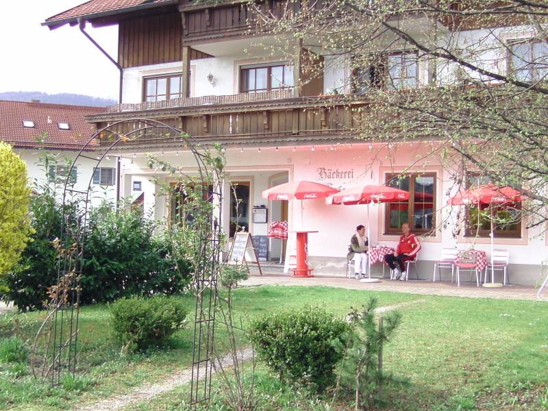 Café Rothenwallner am Bahnhof Bernau