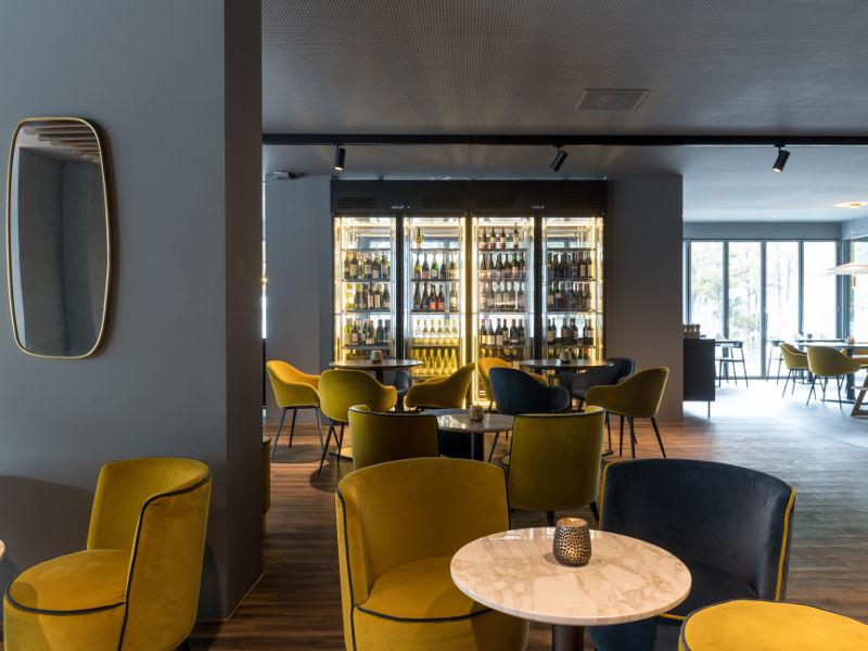 Restaurant Eden Lobby